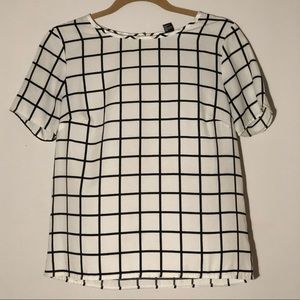 Tops - Grid blouse! Blk and white!
